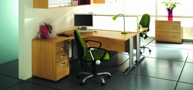 Budget-Desking-radial-desk-with-green-office-chairs