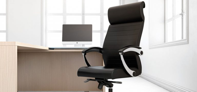 Executive-office-seating-in-black-with-armrest