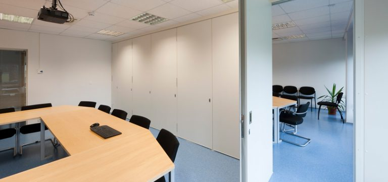 Office-folding-partitions-for-offices