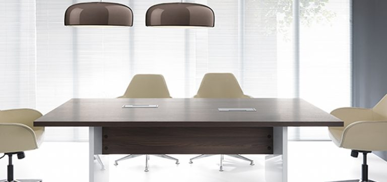 Office-meeting-room-rectangular-table