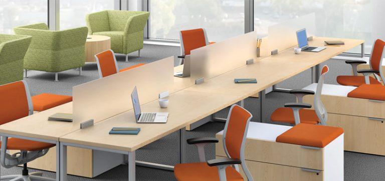 office-desk-screens-forsted-glazed-panel