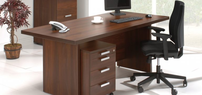task-office-chairs-in-black-with-armrest