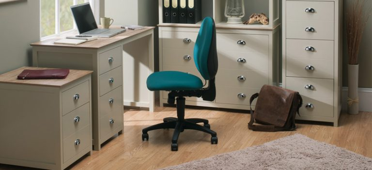 task-office-chairs-in-teal-with-gas-lift